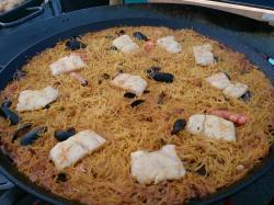 Paella macaronnie